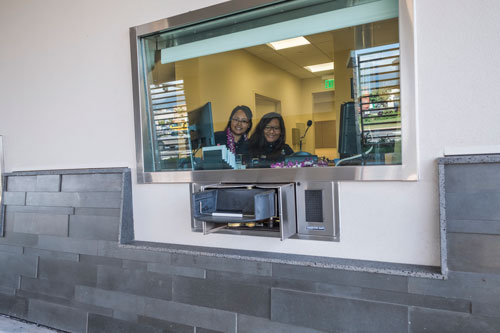 Kahului Branch drive-up tellers